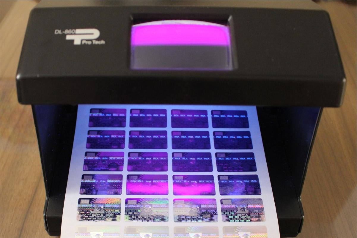 هولوگرام UV و کاربرد های آن